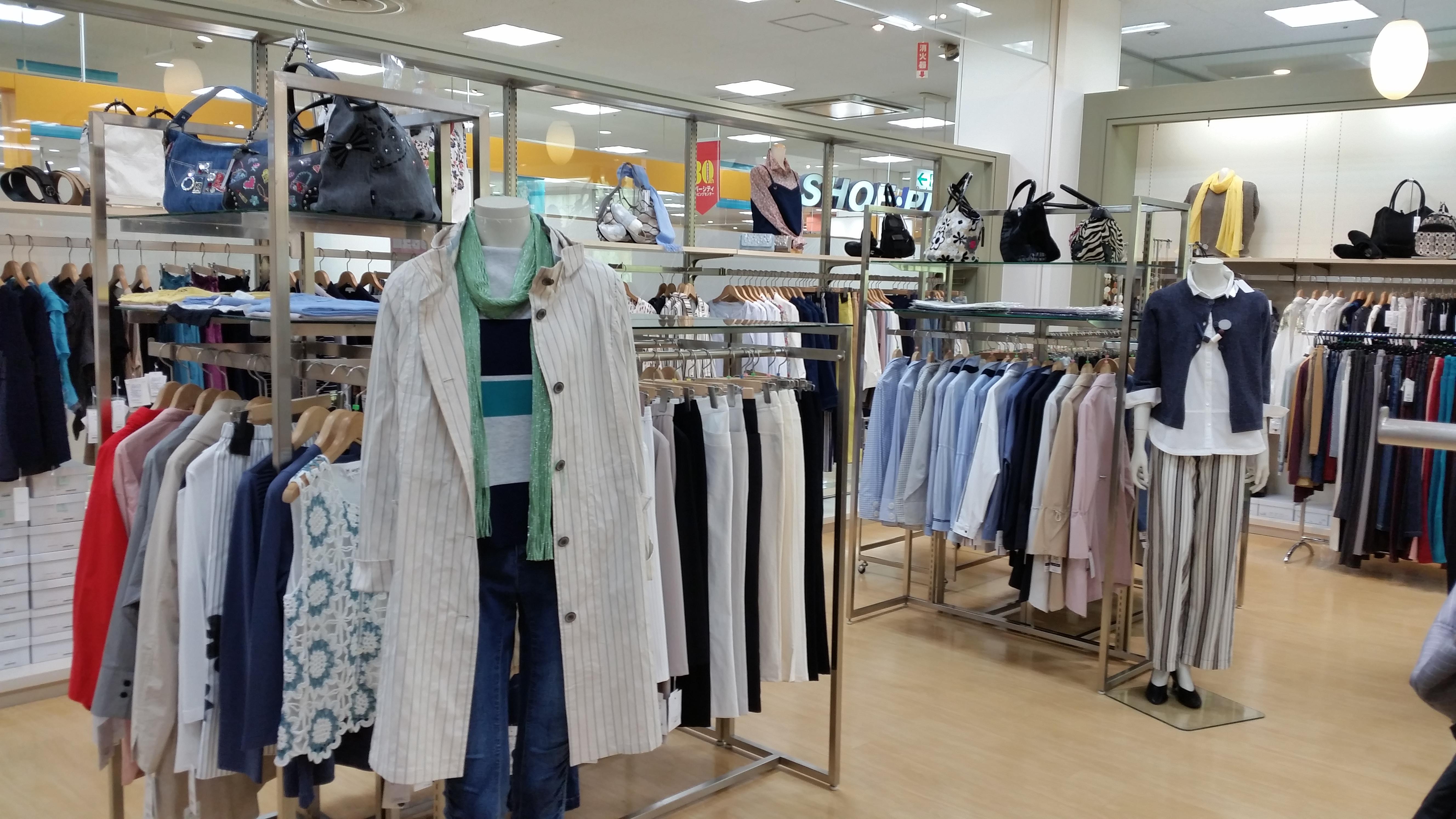 アカシヤ・ブラウス館店舗写真2