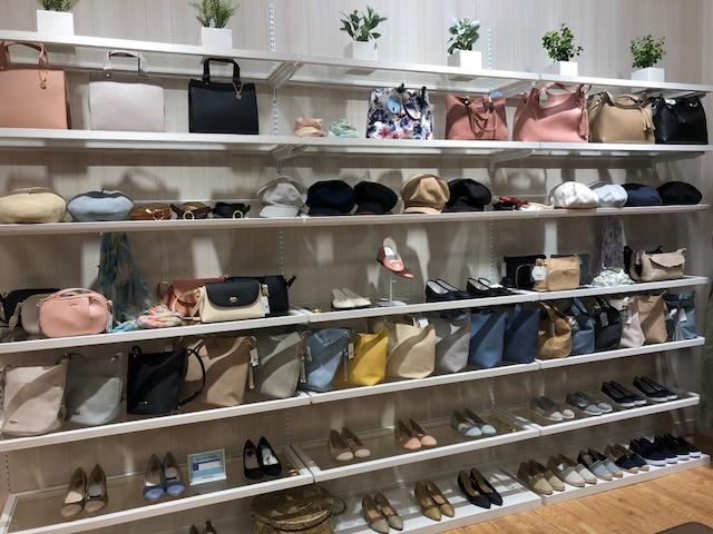 岡崎ウイングタウンシューラルー店舗写真2