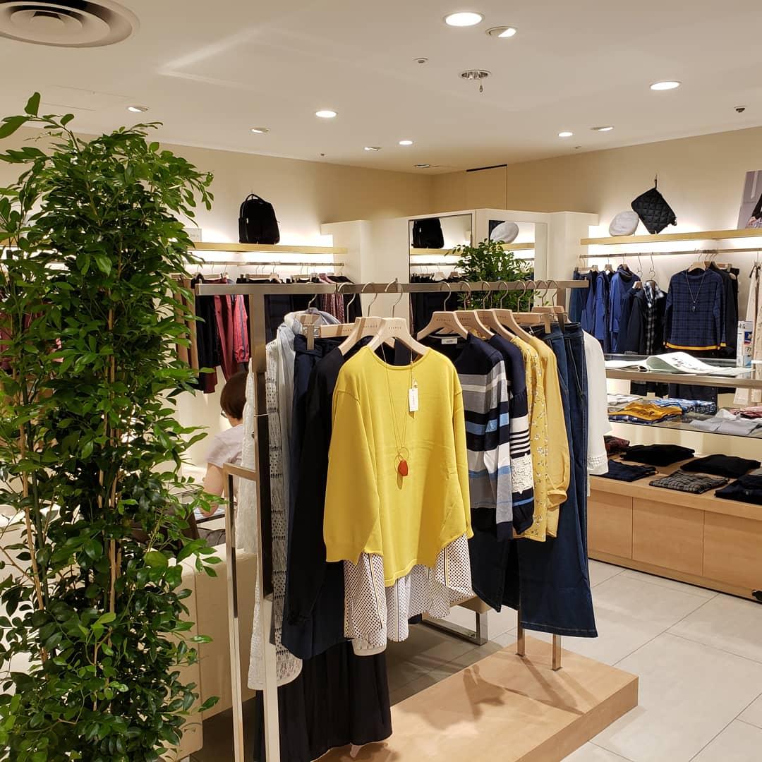 アヴェニュー セレオ甲府店店舗写真3